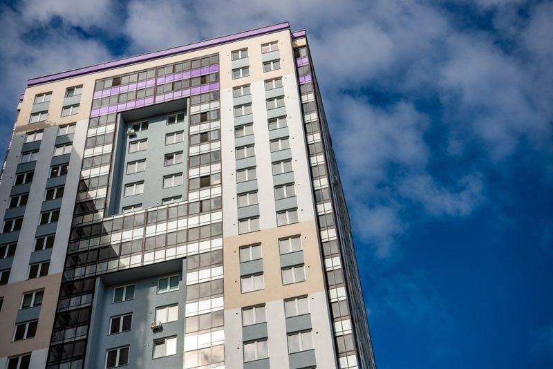 Невозможное — возможно: как купить квартиру в готовом новом доме дешевле, чем в строящемся